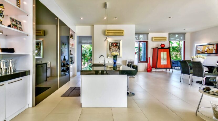 12 Phu Montra Villa Interior