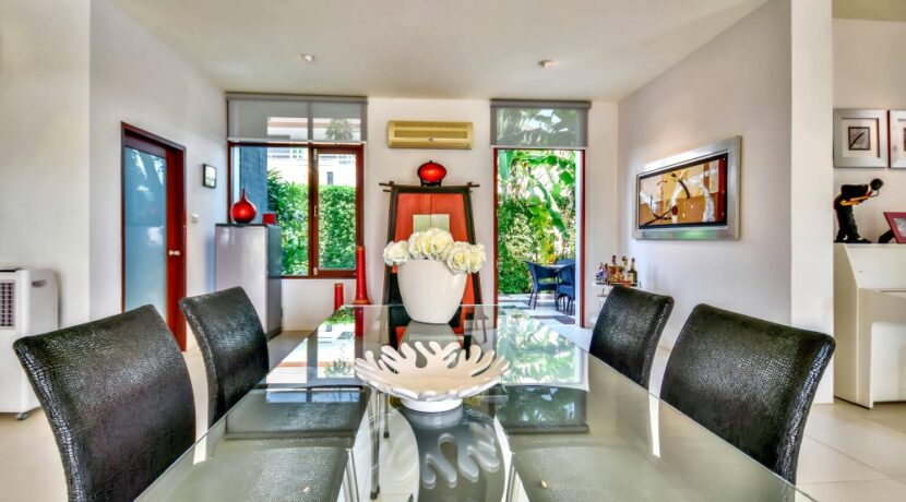 13 Phu Montra Villa Interior