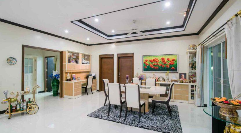 14 Ban Tawan villa interior
