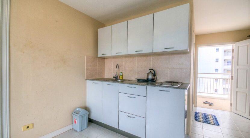 25 Modern kitchenette
