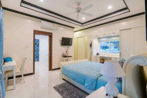 31 Ban Tawan villa interior