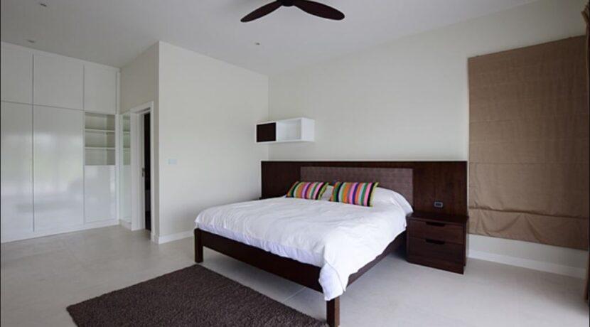 32 Luxury Golf Villa Interior