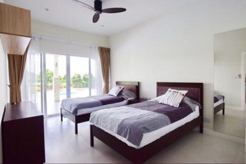 40 Luxury Golf Villa Interior