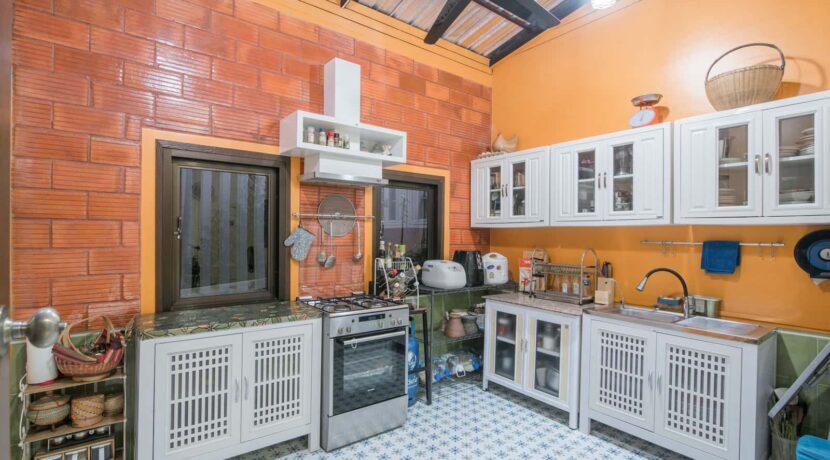 61 Maid kitchen
