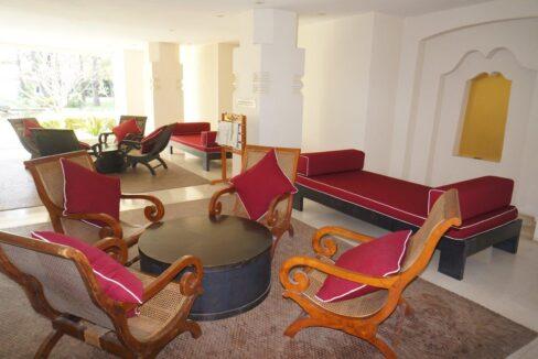 83 Lobby area