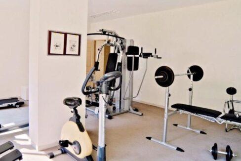 85 Fittness room