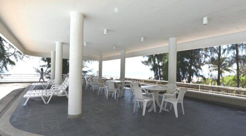 93 Swimming pool sala