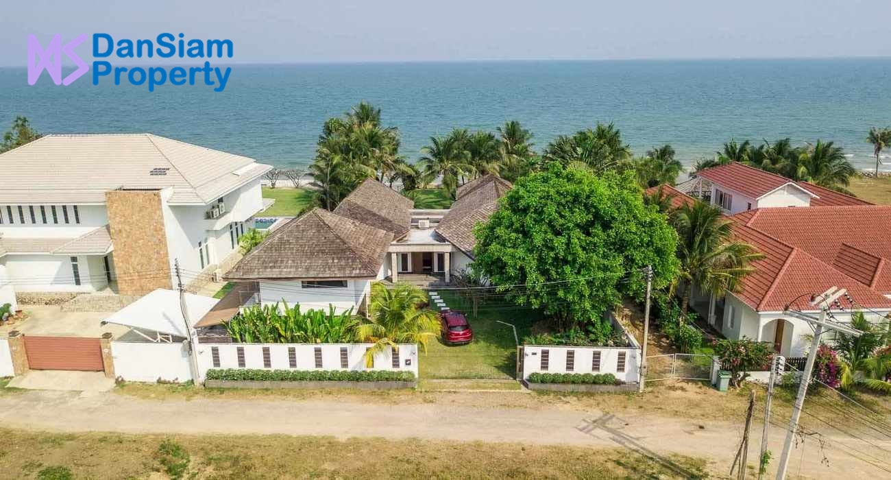 Beachfront Villa in Cha-am at Hansa Casuarina Resort