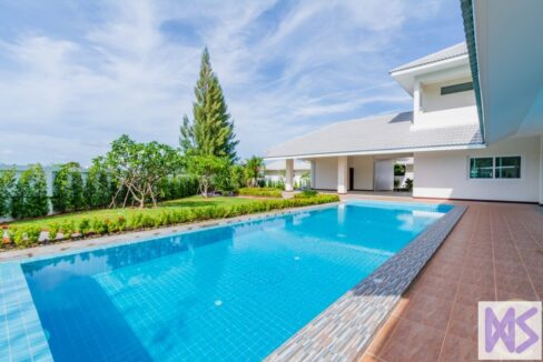 01 Large 6 Bed Pool Villa