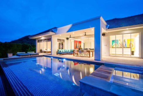 01 Luxury Pool Villa Exterior