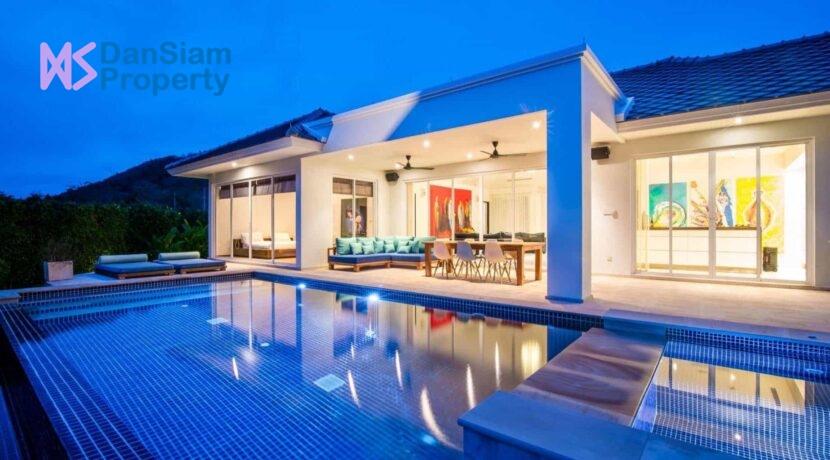 01 Luxury Pool Villa Exterior