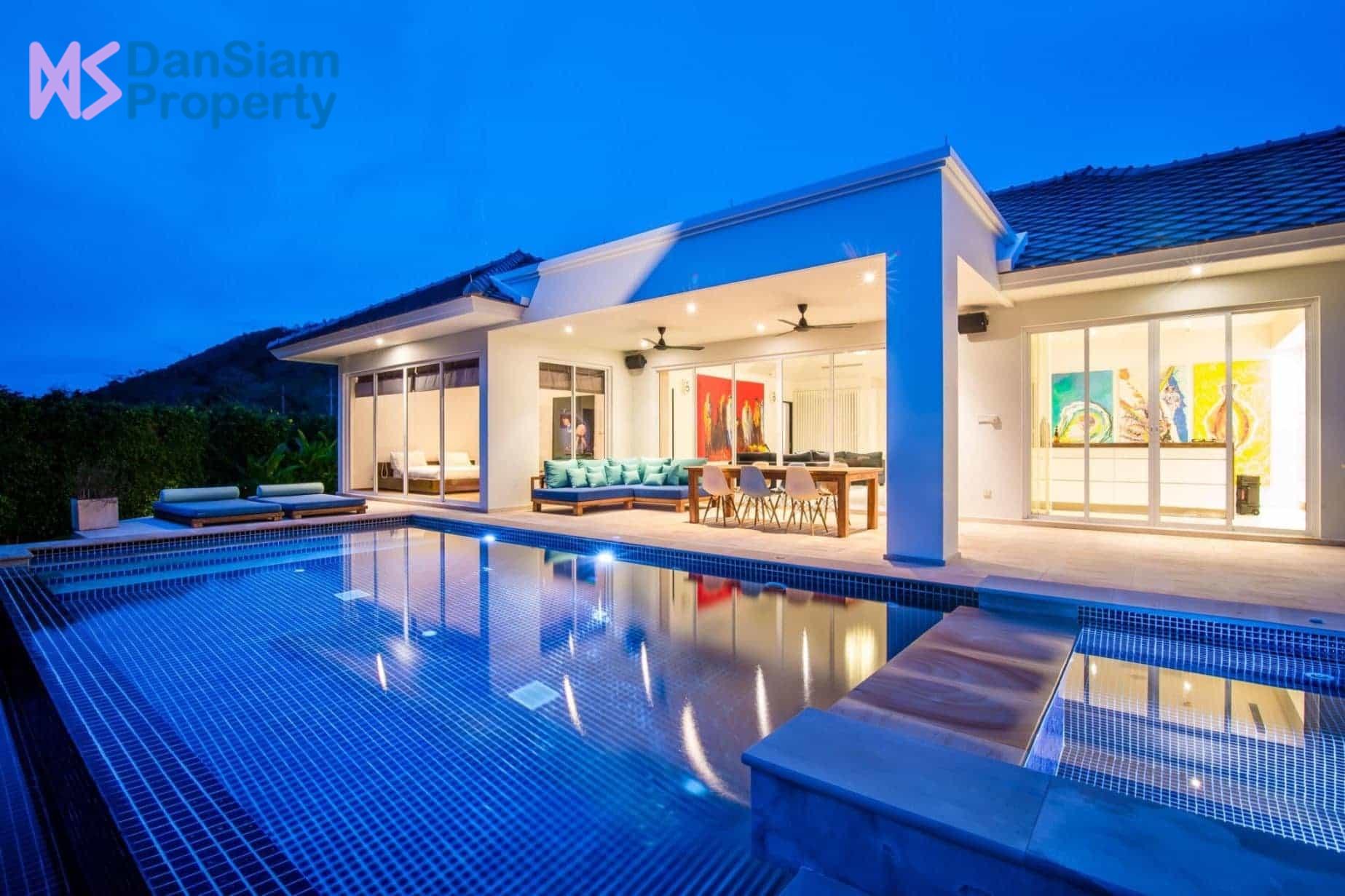 Luxury High-end Pool Villa in Hua Hin at Baan Ing Phu