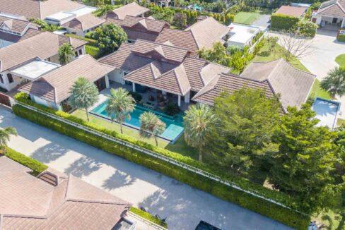 01A Magnificent Bali-style Villa
