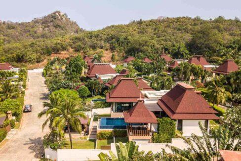 01C Exclusive Bali-style villa
