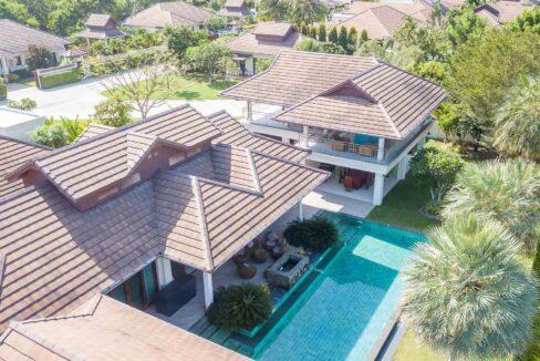 01C Magnificent Bali-style Villa
