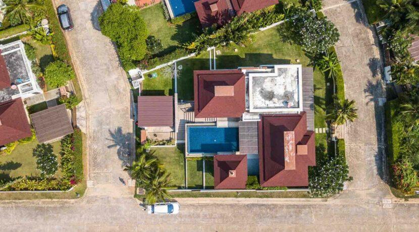 01E Exclusive Bali-style villa