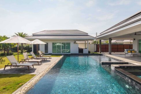 02C Exceptional pool villa