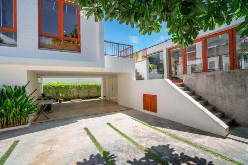 03 Pranaluxe beachfront villa