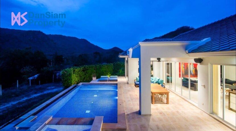 03C Luxury pool villa exterior
