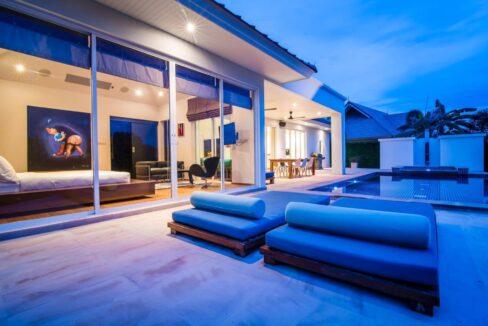 03F Luxury pool villa exterior
