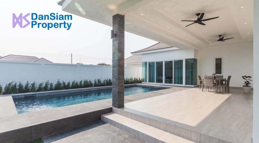 04 Luxury pool villa