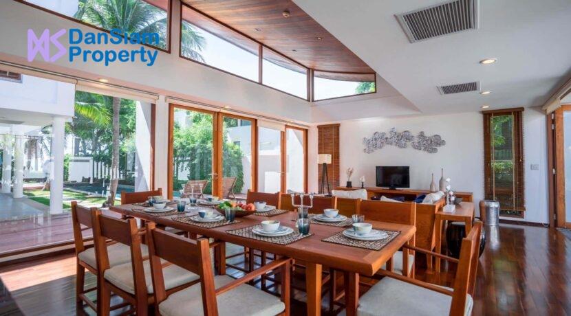 11 Living-dining pavilion