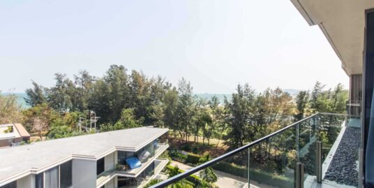 Beach Condo in Hua Hin with Sea, Mountain & Golf View