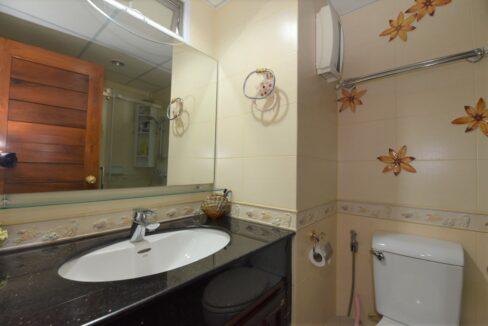 29 Bathroom #1