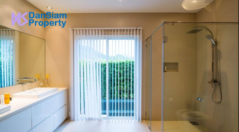 35 Luxury pool villa interior