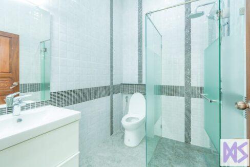 45 Bathroom #3