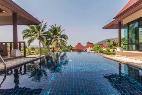 4B Great terrace-pool environment
