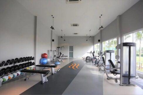 82 Baan Ing Phu Fitness