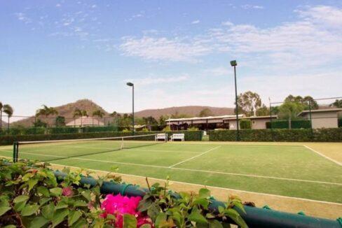 83 Baan Ing Phu Tennis