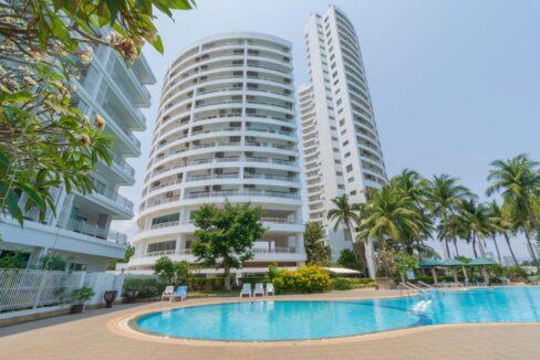 01 Jamchuree Condominium
