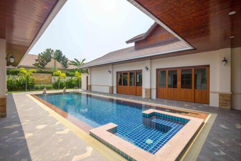 01 Well Designed Balinese Villa