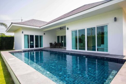 02 Luxury Pool Villa