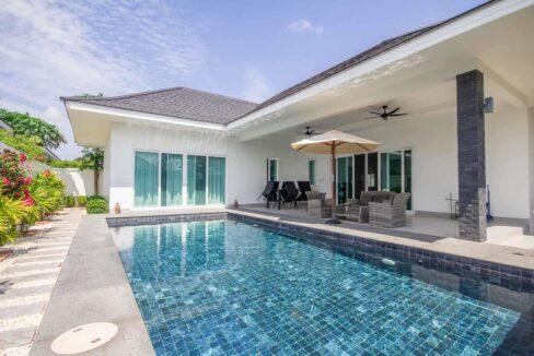 02A Luxury pool villa