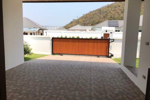 06C Superior design house