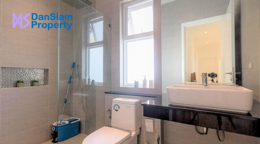 55 Bathroom #3 (Also guest washroom)