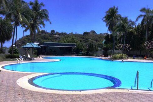 82 Jamshuree kid's pool