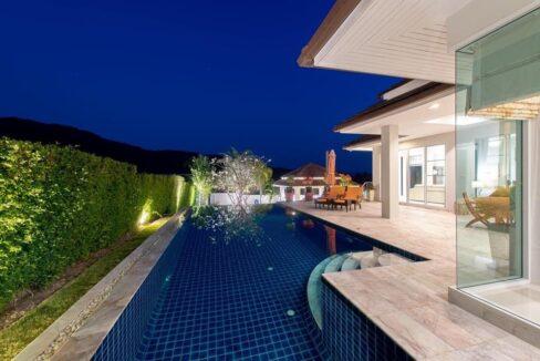 03 Red Mountain Boutique pool villa