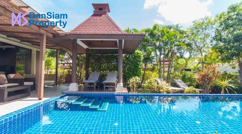 03B Great pool environment
