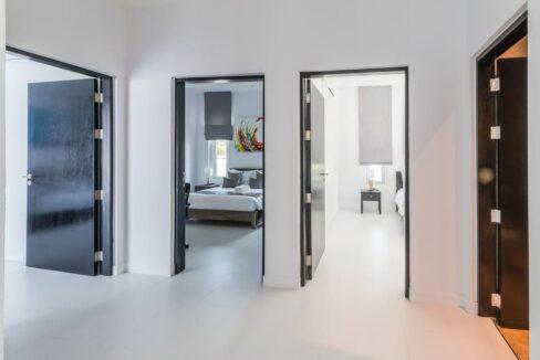 29 Walkway to 3 bedrooms