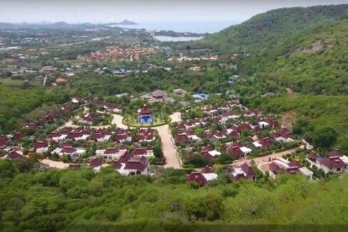 70 Panorama Resort birdseye view