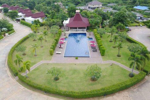 71 Panorama Resort communal pool