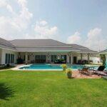 01 Luxury Pool Villa, 5 Bedrooms & Guesthouse