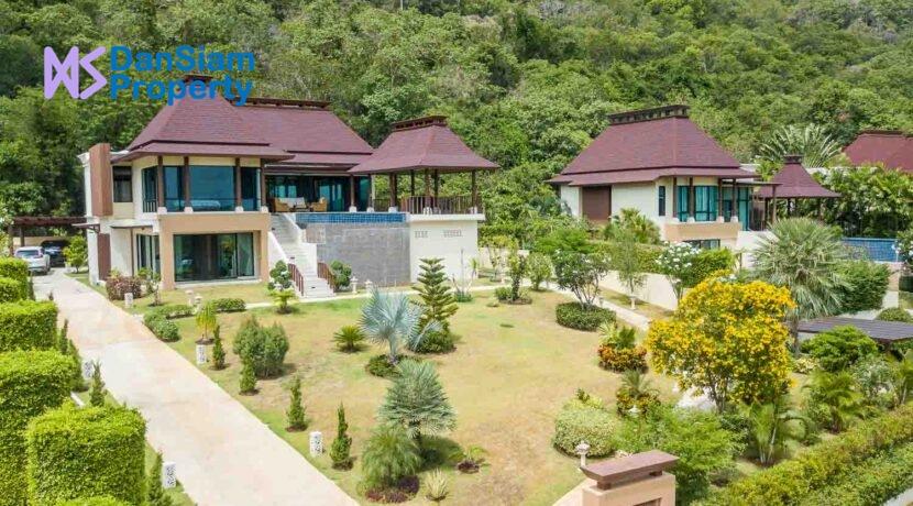 01A Exceptional Bali-style sea view villa
