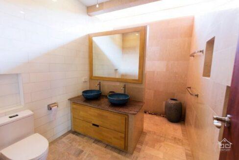 46 Bathroom (Example)