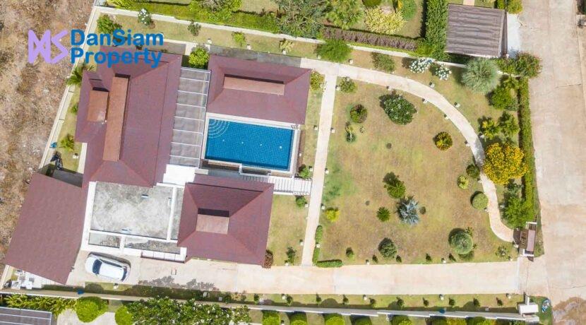 70 Villa birdseye view