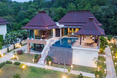 80D Villa by nightfall